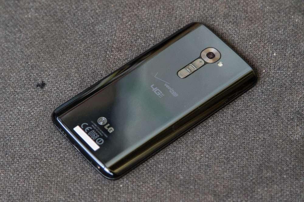 Досвід експлуатації LG G2 — старий друг краще нових двох